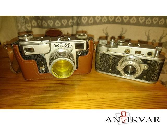 Fotoaparāti.