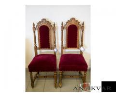 Samta krēsli ar kokgriezumiem