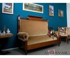 Antīka sofa. 1908 gads.