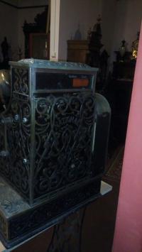 Кассовый аппарат, начало 20 века. В рабочем состоянии. Прекрасный подарок для коллекционеров.