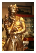 "Скульптура ""DANTE"", художник работы A.Carrier"
