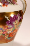 Большая фарфоровая ваза